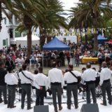 Actuación en San Bartolomé el día de Canarias